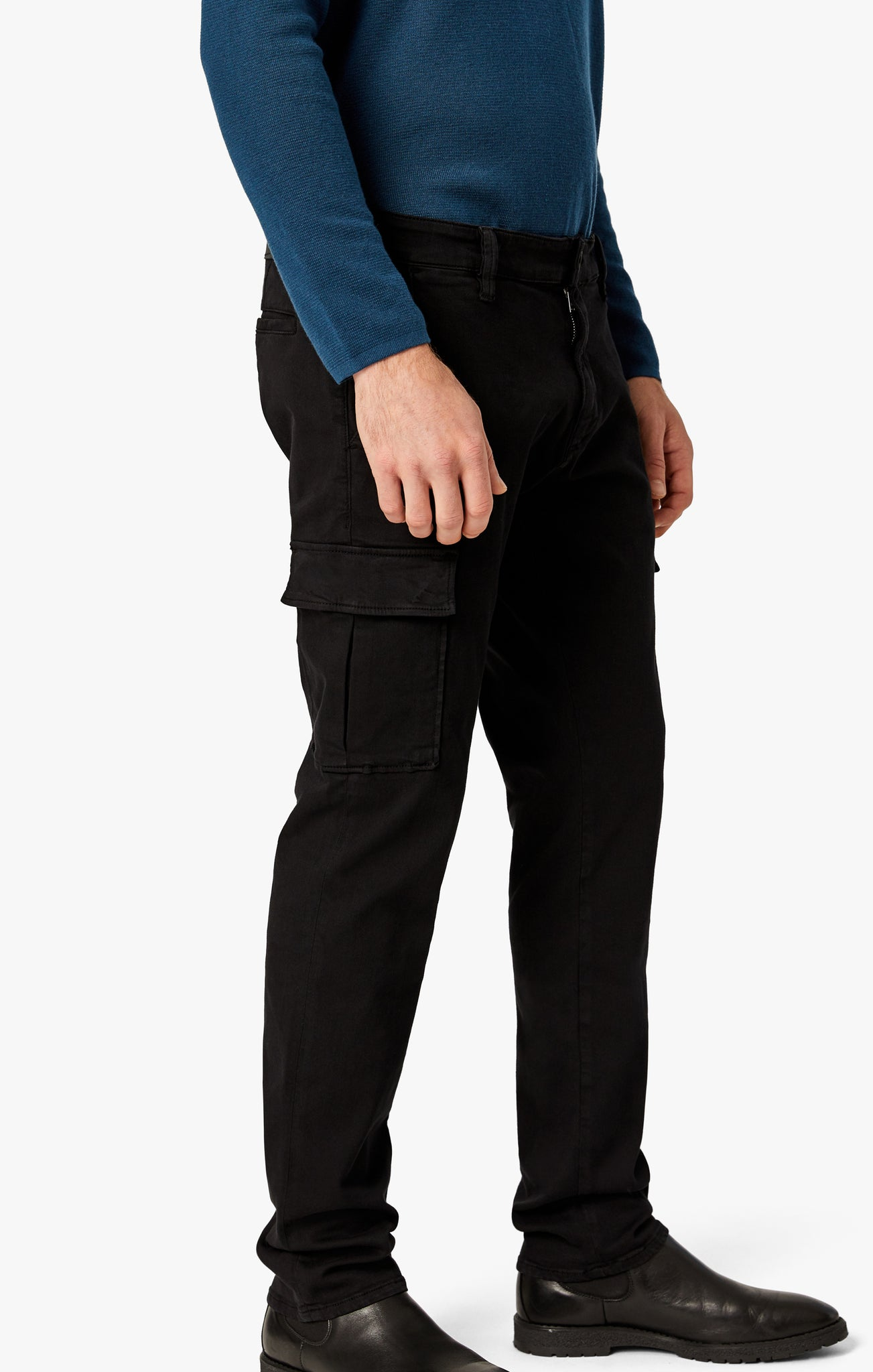Carson Slim Leg Cargo Pants In Black Twill