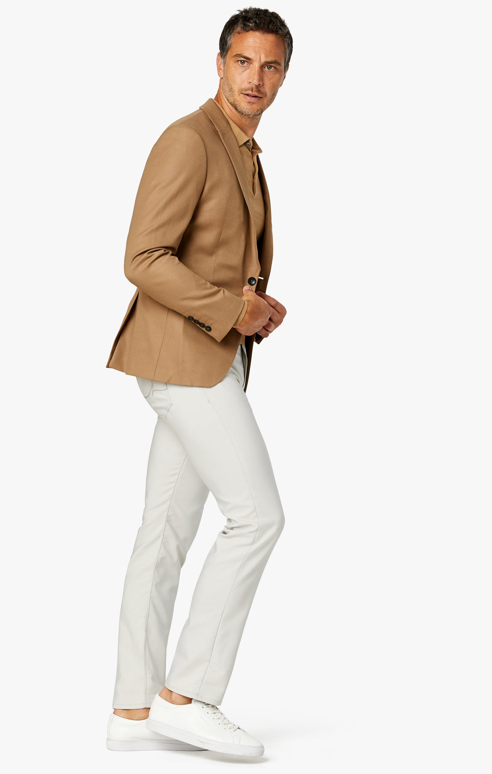 Charisma Classic Fit Jeans in Pearl Commuter Image 4