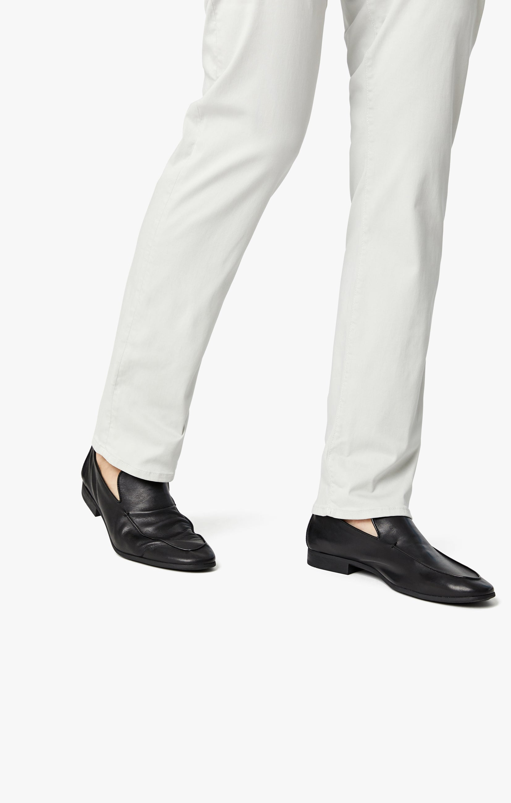 Courage Straight Leg Jeans in Bone Twill Image 6