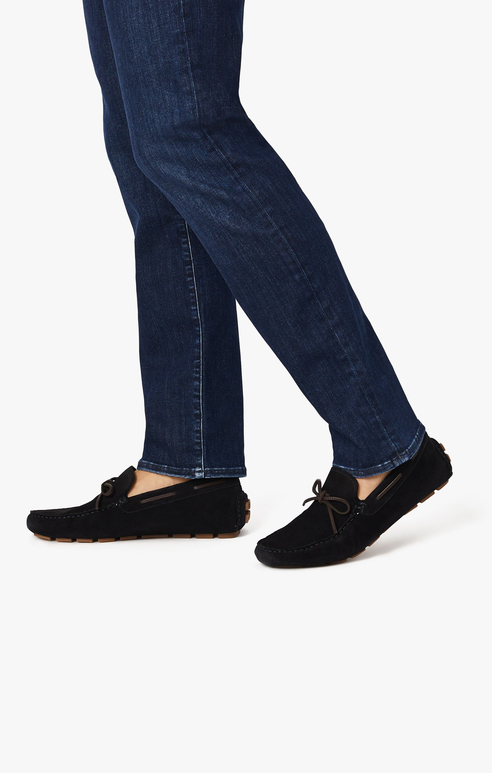 Courage Straight Leg Jeans In Blue Urban Image 9