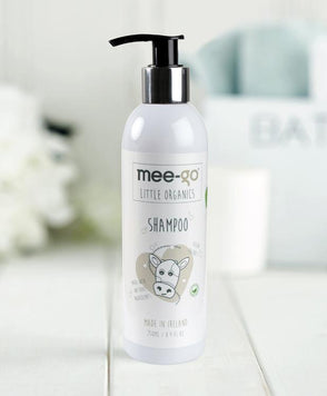 Scent-free gentle, natural shampoo for babies and toddlers.