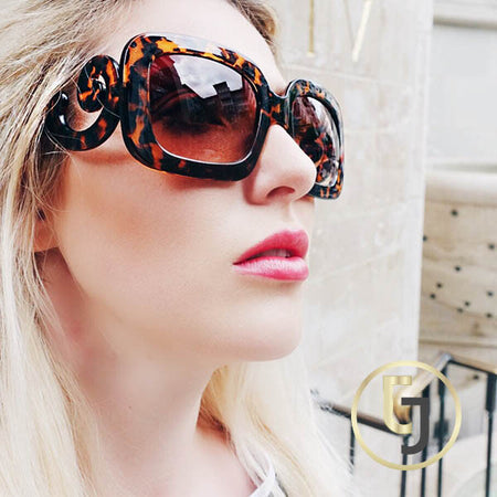 """Vogue Babe"" Sunglasses"