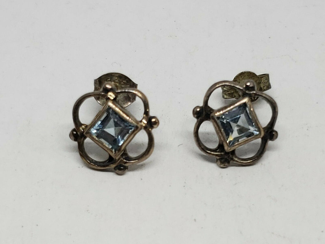 Sterling Silver Blue Topaz Princess Cut Clover Open Work Stud Earrings
