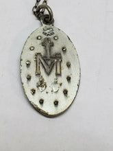 Vintage Sterling Silver Virgin Mary Catholic Etched Pendant Necklace
