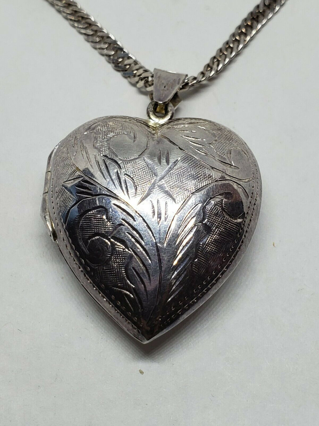 Vintage Sterling Silver Etched Floral Filigree Heart Locket Record Voice Message