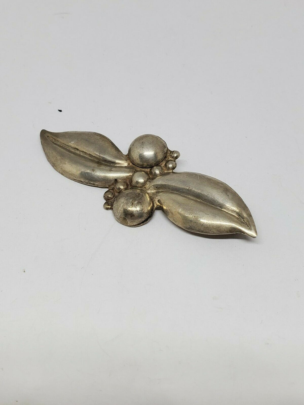 Vintage Native American Sterling Silver Double Leaf And Ball Brooch