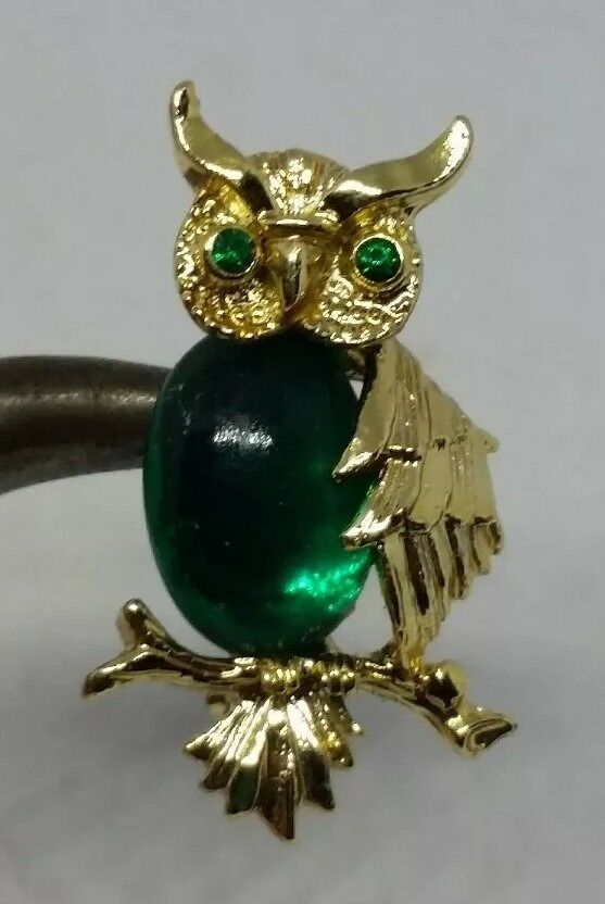 Vintage Gerry's Goldtone Jelly Belly Green Glass Owl Brooch/Pin Green Eyes