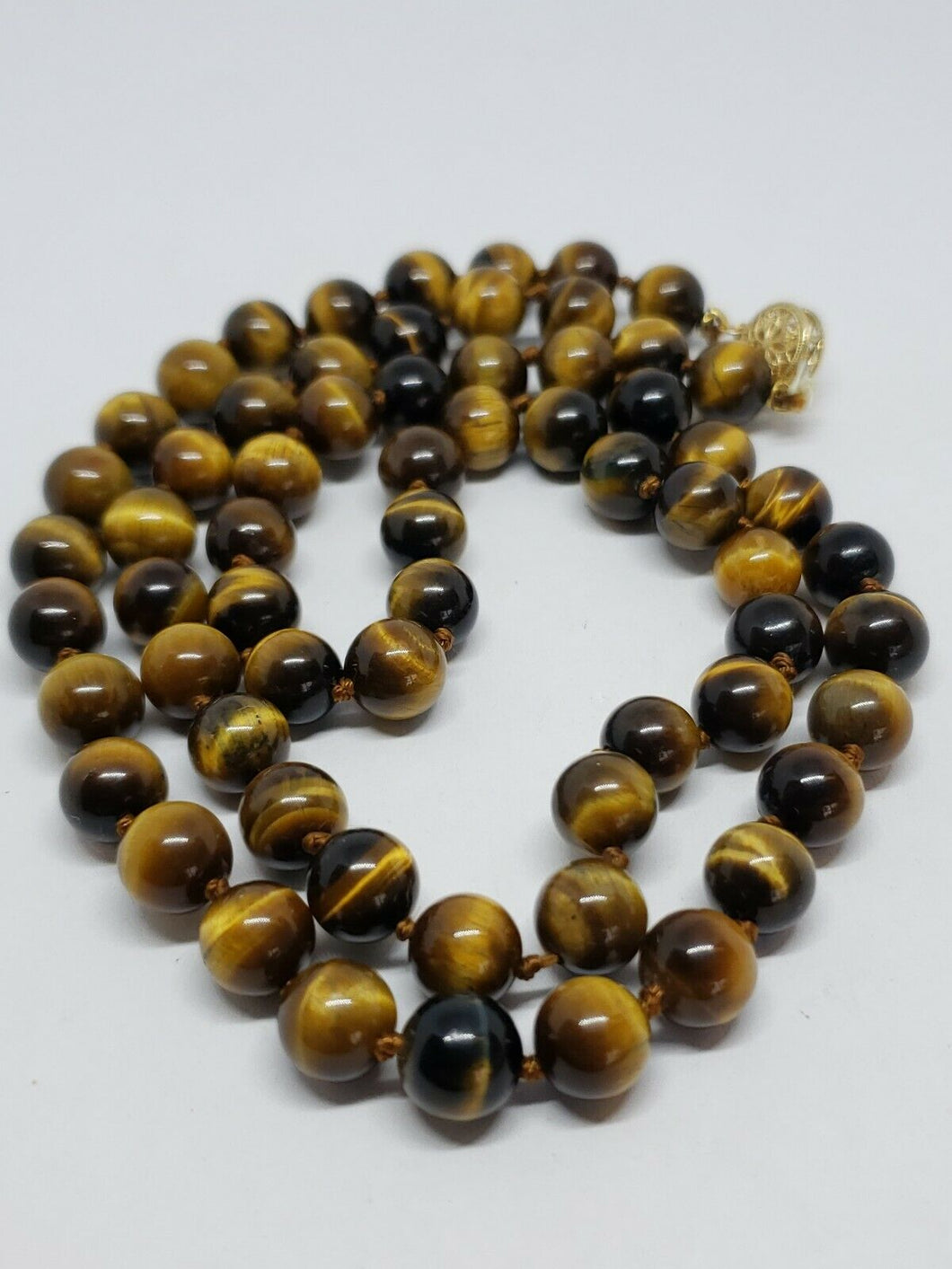 Vintage 14k Yellow Gold Tiger's Eye Handknotted Necklace Filigree Clasp 24
