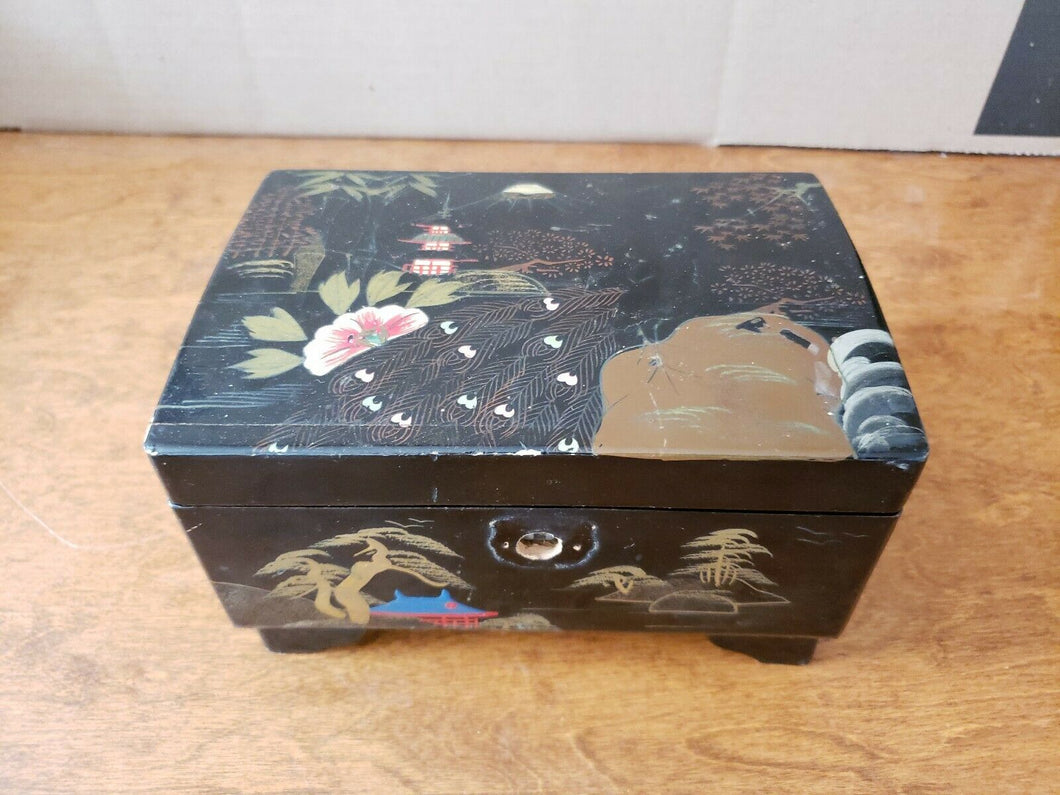 Vintage Japan Hand Painted Black Lacquer Musical Jewelry Box 5