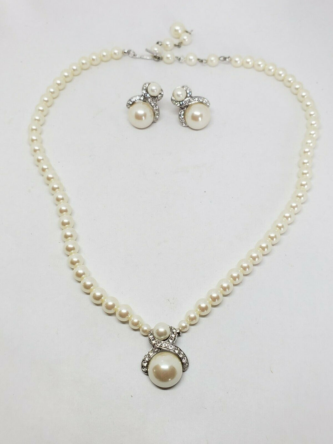 Vintage Marvella Silver Tone Faux Pearl Necklace and Clip Earrings Demi...