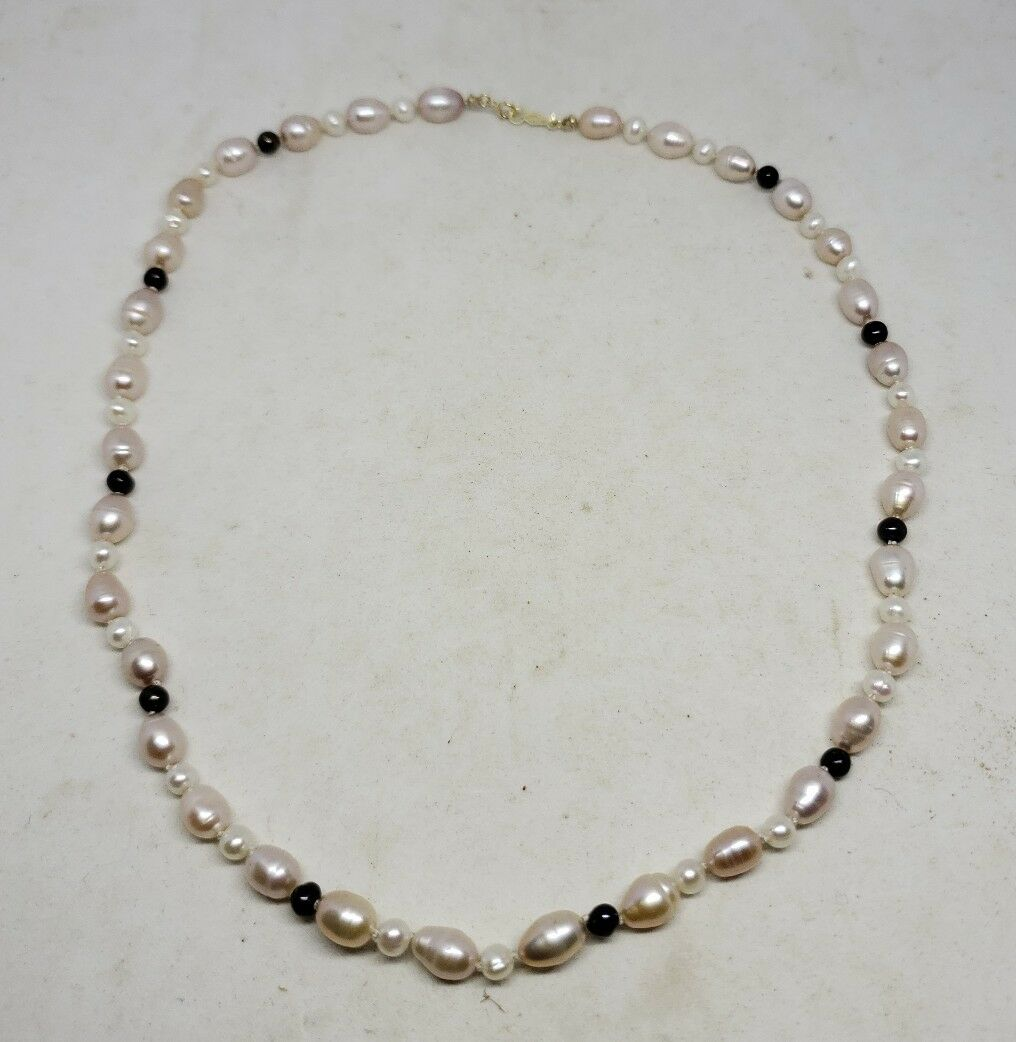 14k Yellow Gold Handmade Cultured Freshwater Pearl Strand Necklace 17
