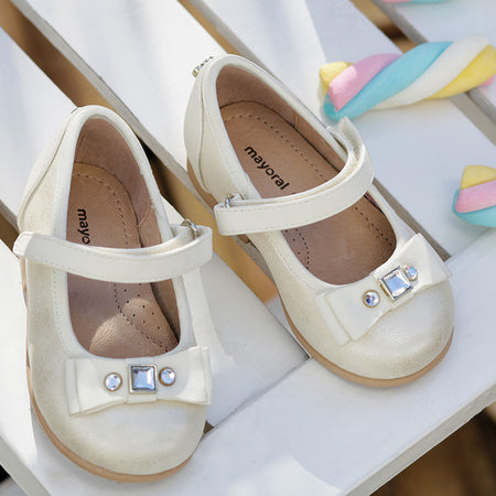 Mayoral Mary Janes in Ivory