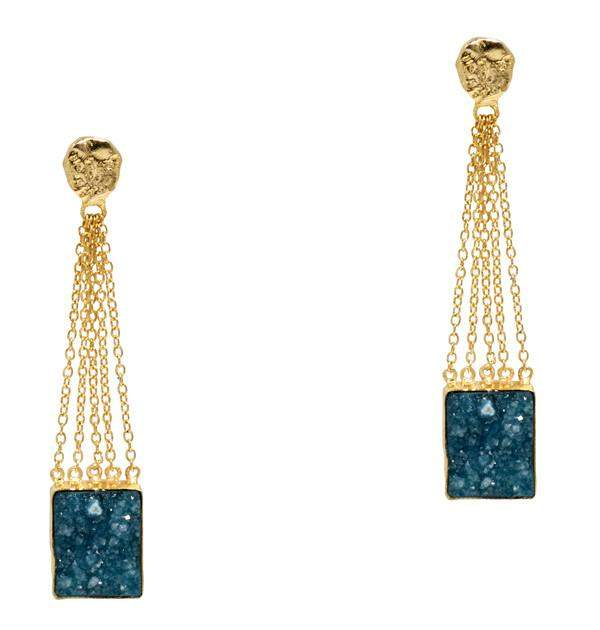 Bewitching Drop Earrings In Green