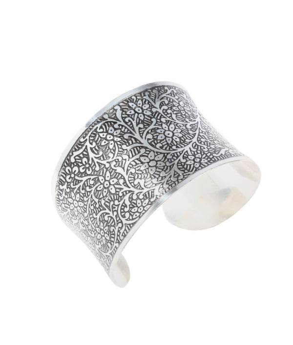 Silver Tradition Engraved Cuff in Nickel