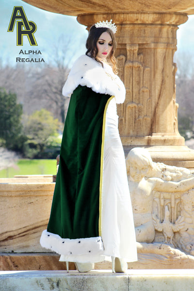Queen's Royal Cloak (Green)