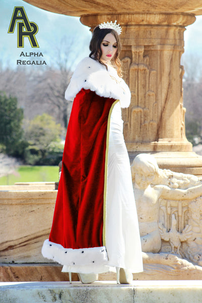 Queen's Royal Cloak (Red)