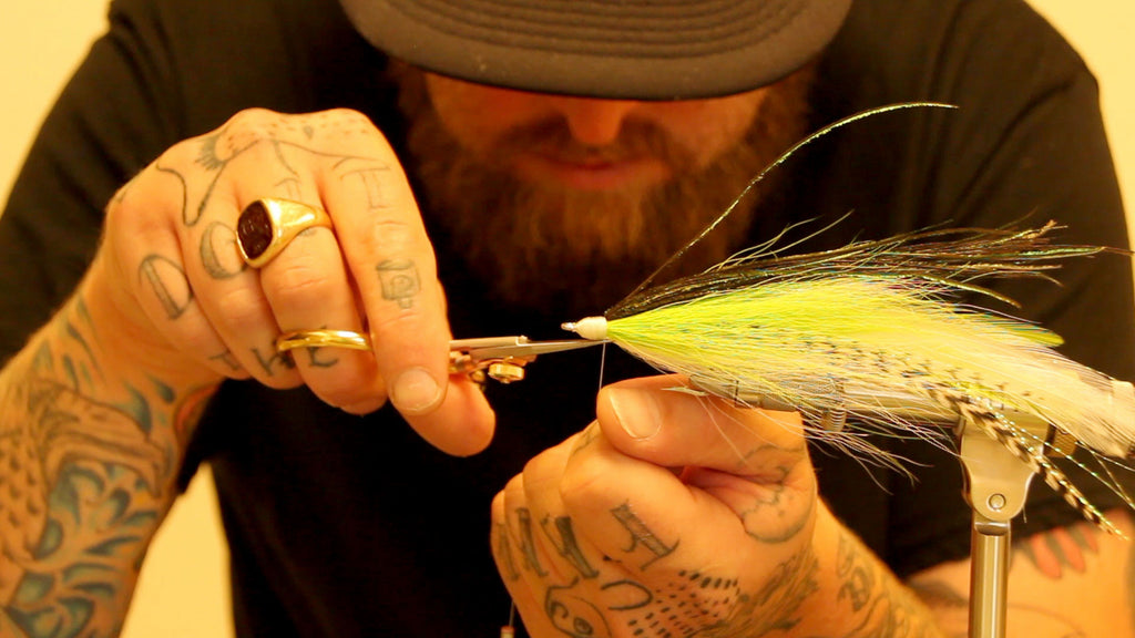 Fly Tying Video - The Chartreuse Mackerel Deceiver