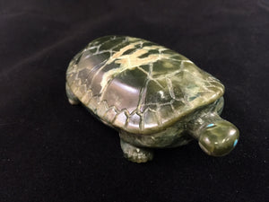 Zuni Animal Fetish Turtle Carved from Serpentine by Travis Lasloo