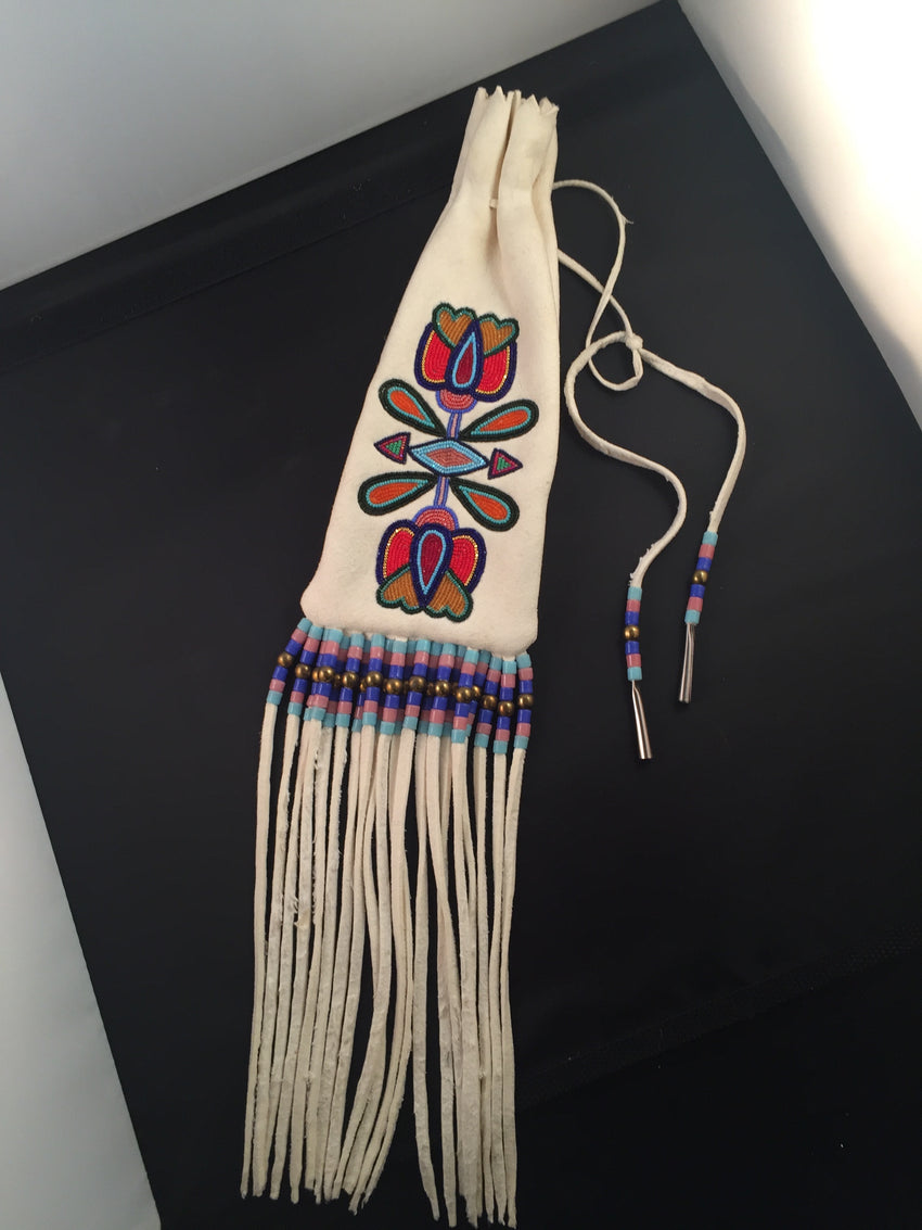 Beaded Pipe Bag by Laine Thom