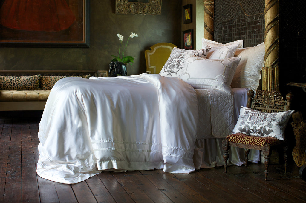 Top 6 Reasons to Buy Luxury Bedding