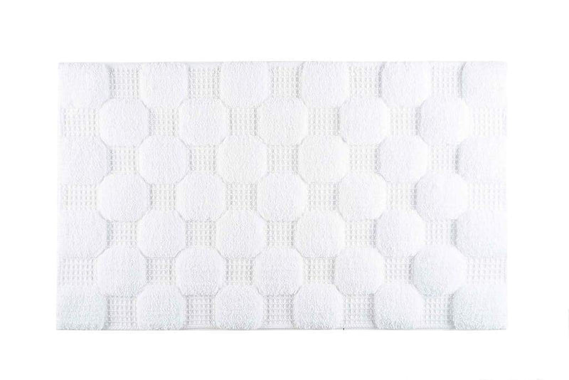 Graccioza Bathroom Mats 20x31 / White Chess | Bath Mats & Rugs