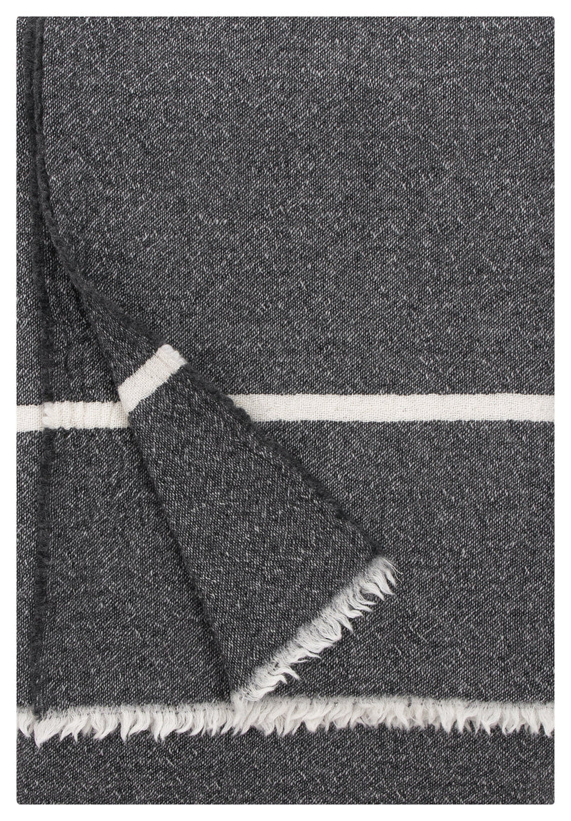 Lapuan Kankurit Throws & Blankets Dark grey TANHU Wool Blanket