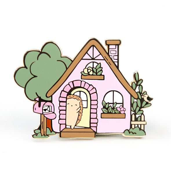 Brambleberry Hedge Hollow Cottage Pin
