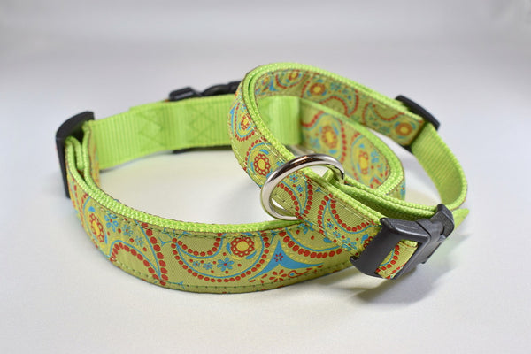 Green Paisley Adjustable Ribbon Collar
