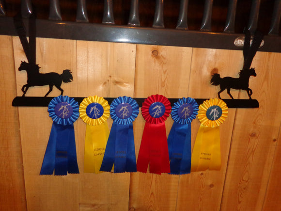 Showoff Ribbon Rack - Rocky Mountain Horse - Stall Rack