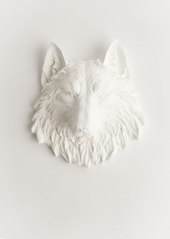 White Mini Wolf Head Wall Mount