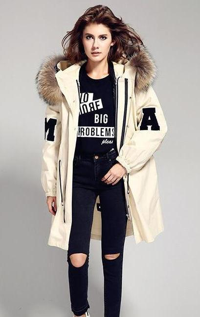 College Parka with XXL Collar (1)