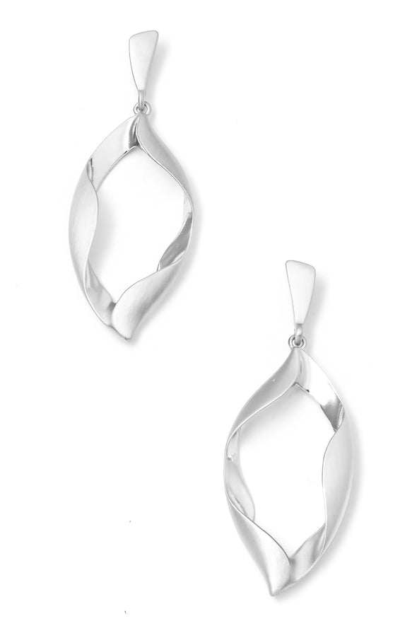 Twisted Oval Hoops