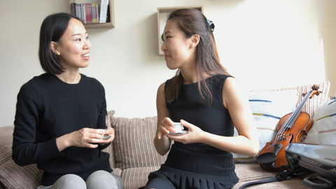 Eunsley Park and Sujin Lee discussing about tea pairing with music