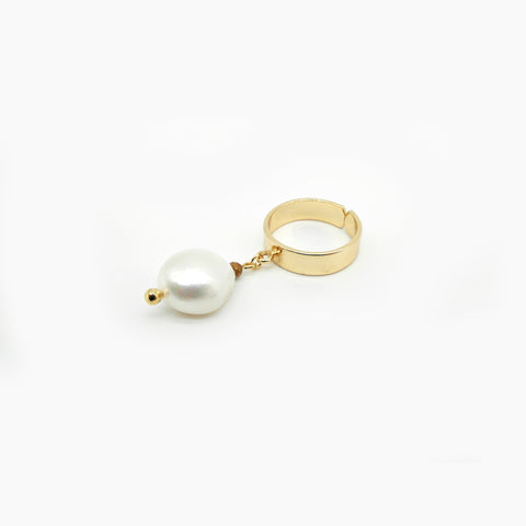 Single Pearl Drop Earrings