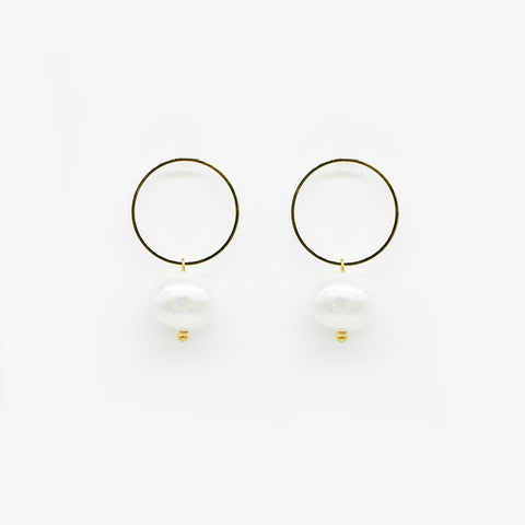 Black Eyelash & Golden Teardrop Earrings