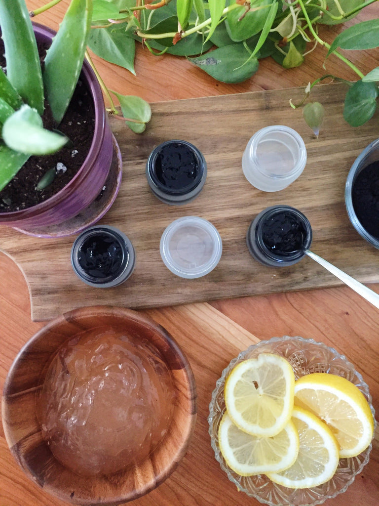 Charcoal & Lemon Detox Facial Mask