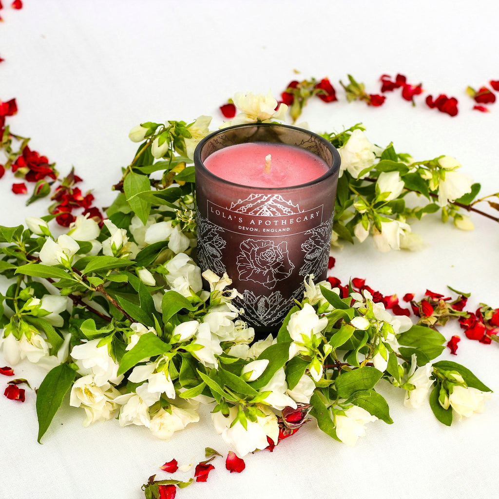 Delicate Romance Naturally Fragrant Candle