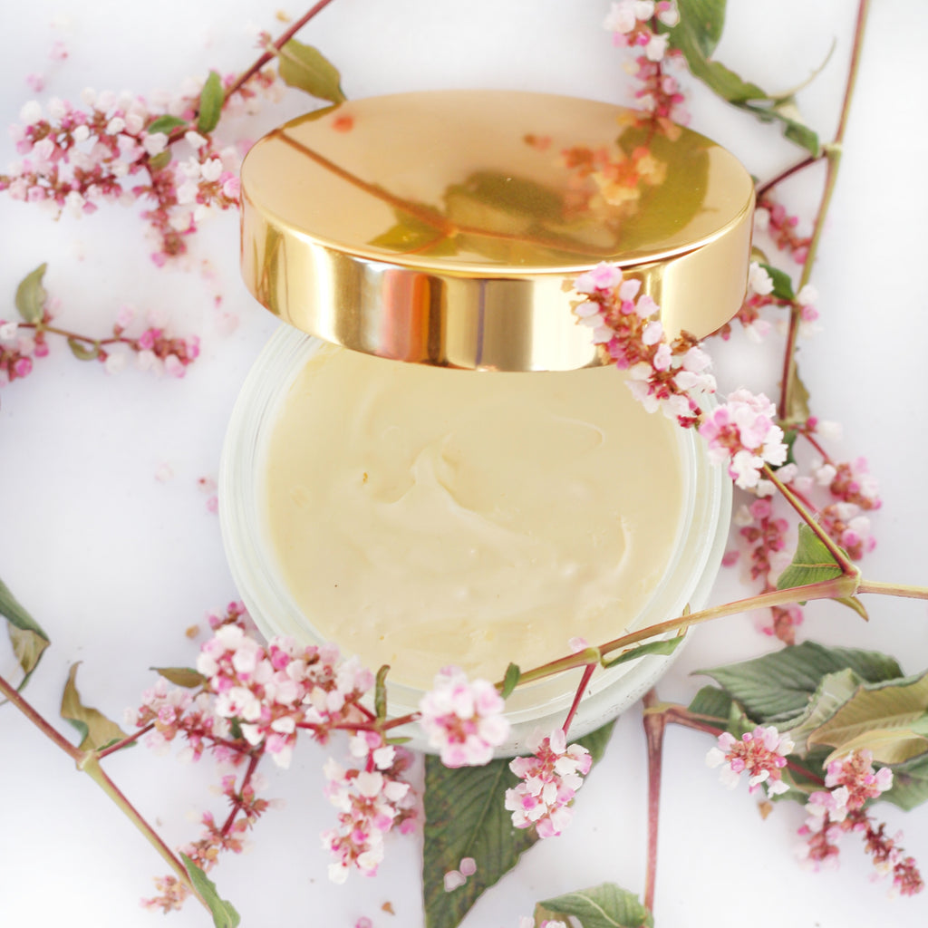 Monsoon Paradise Illuminating Body Soufflé