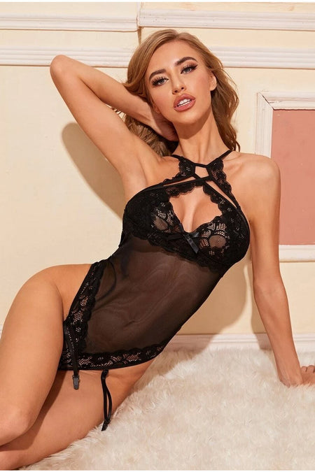 Black Wonderia Strappy Lace Teddy