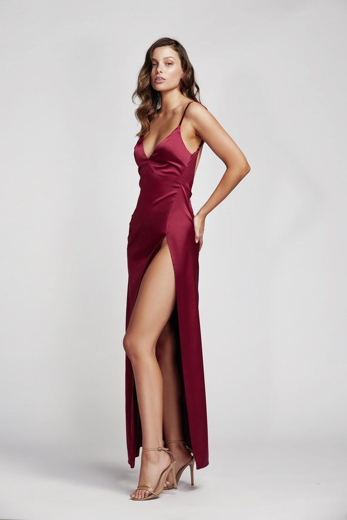 Lexi Akasa Dress | Wine Red -
