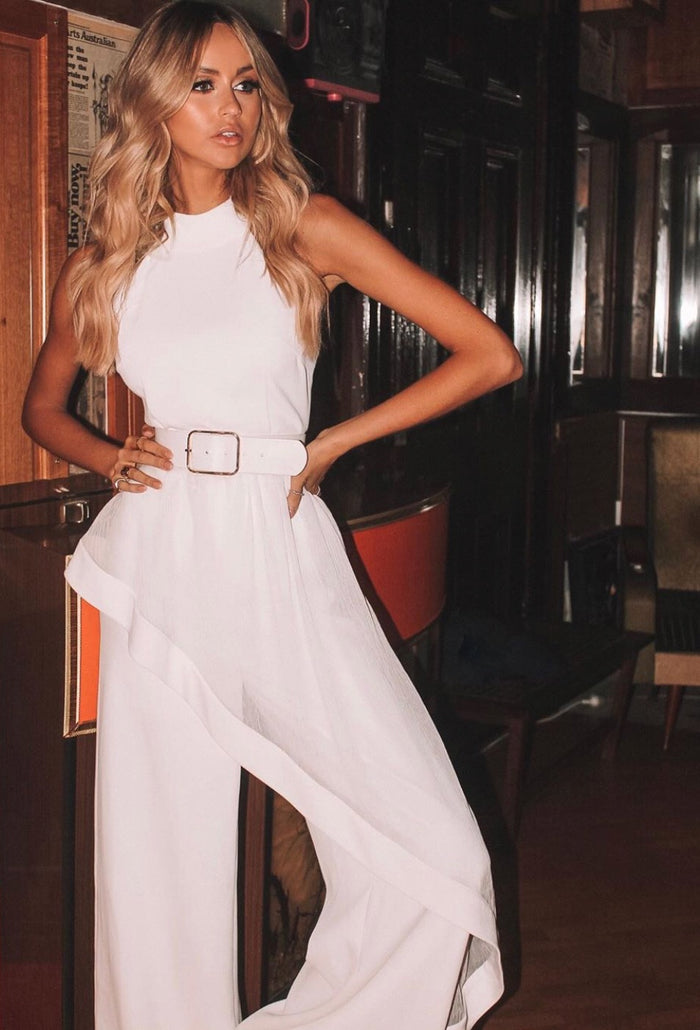 Elliatt | The Adeline Jumpsuit in white-