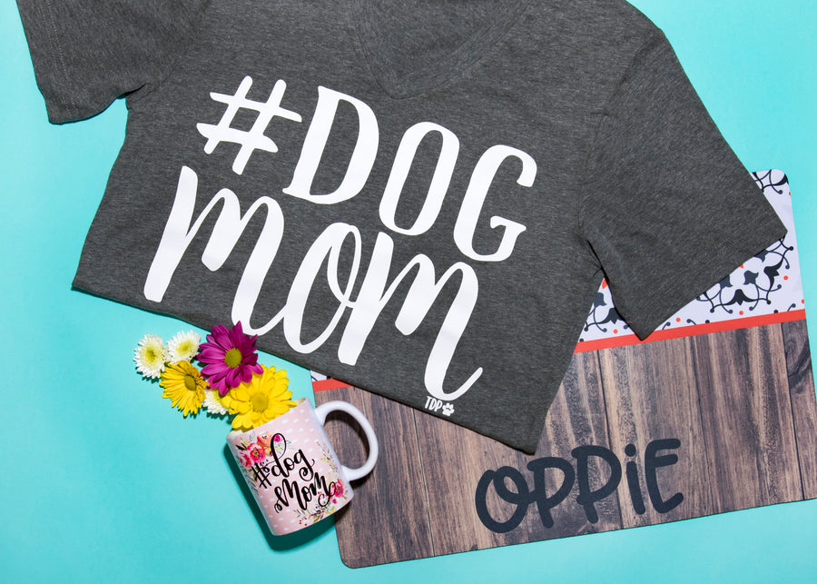 #DogMom Tee - The Dapper Paw