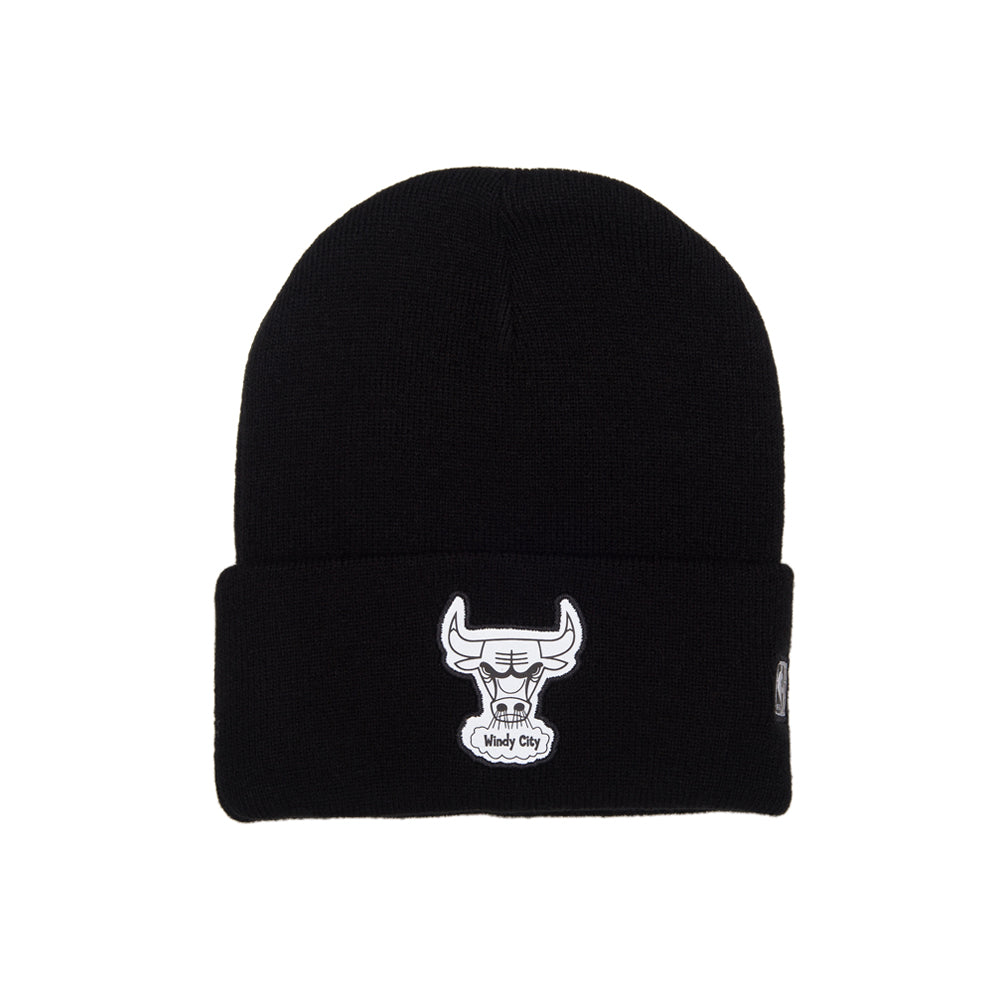 Mitchell & Ness Chicago Bulls Reflective Team Logo Knit Cuff Beanie Black Sort