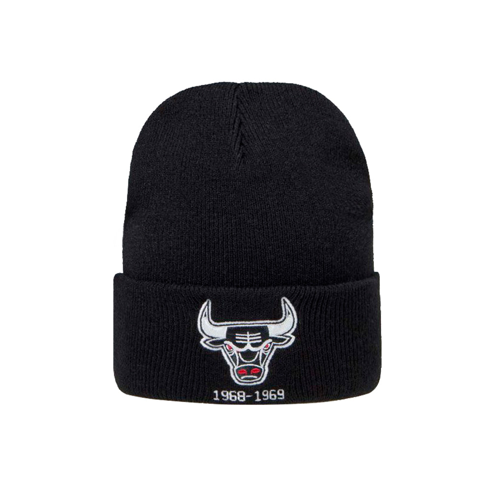 Mitchell & Ness Chicago Bulls Team Logo Knit Cuff Beanie Black Sort