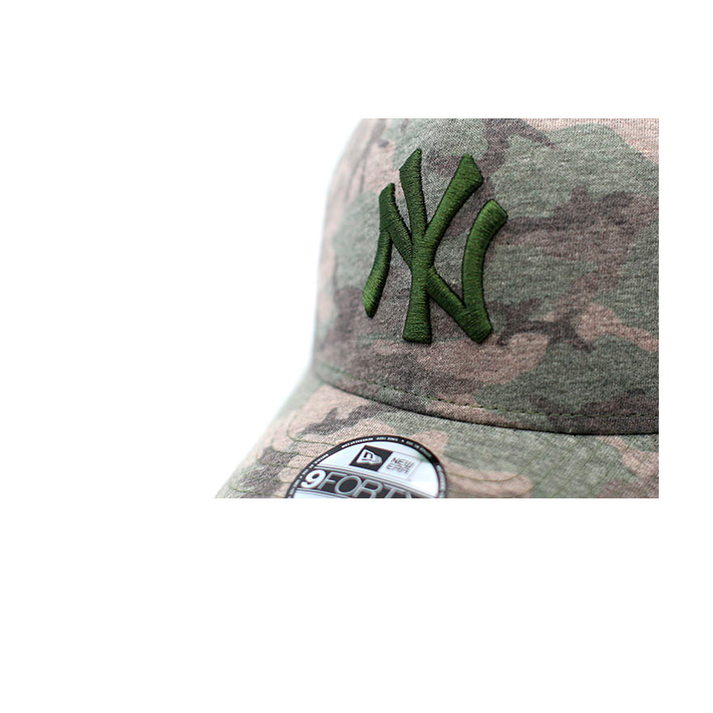 New Era NY Yankees 9Forty Youth Adjustable Woodland Camo Grøn