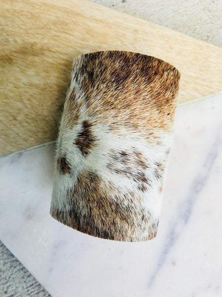 LIGHT BROWN AND IVORY BLENDED COWHIDE CUFF