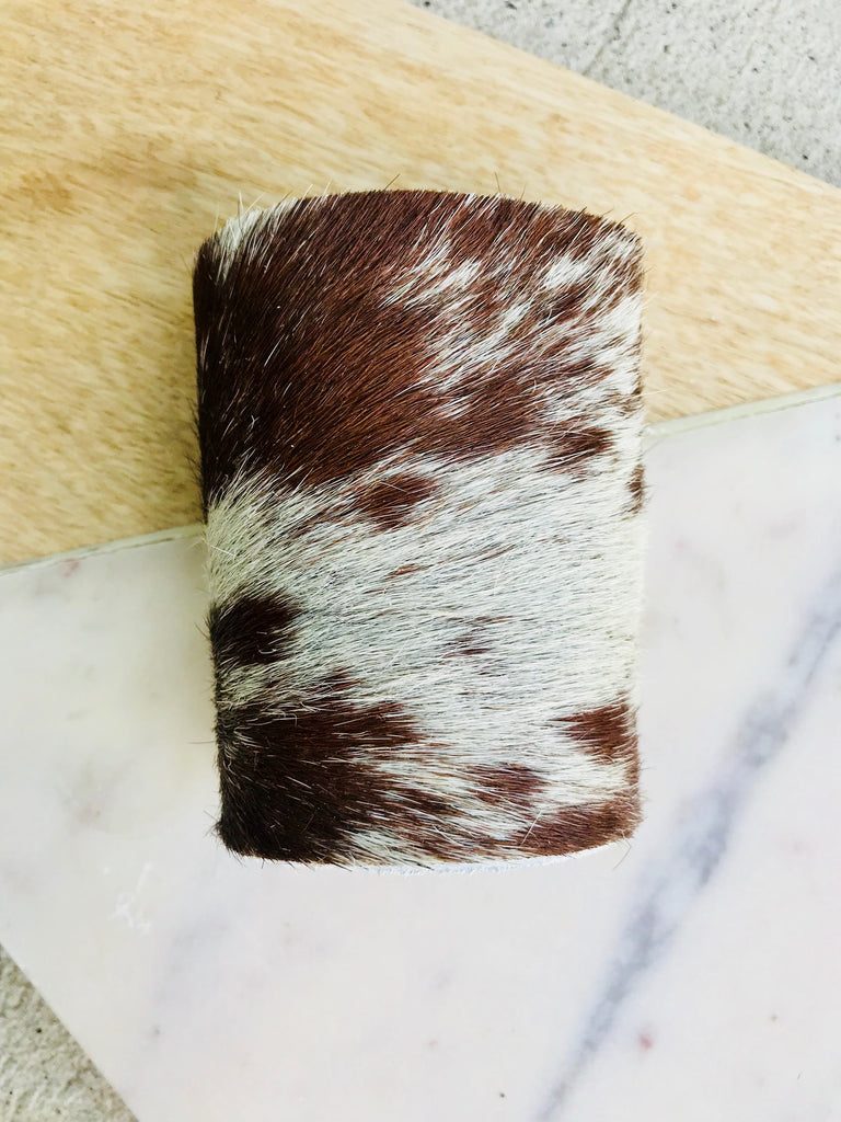 IVORY AND BROWN BLENDED COWHIDE CUFF