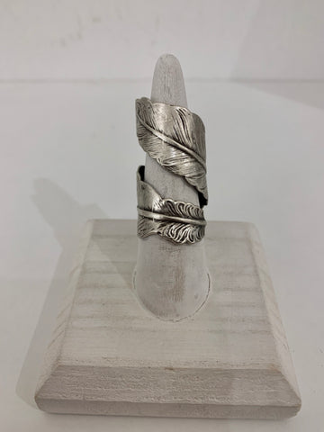 FAVEN FEATHER RING