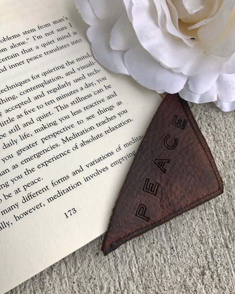 SENTIMENT LEATHER BOOKMARKS
