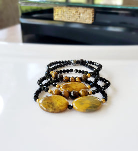 BLACK SPINEL  SET BRACELET